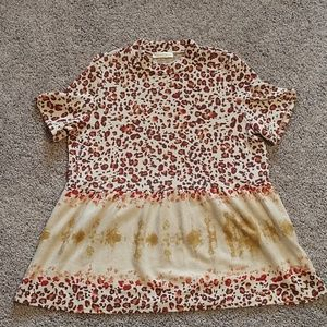 ENTRO short sleeve top with tie dye leopard design